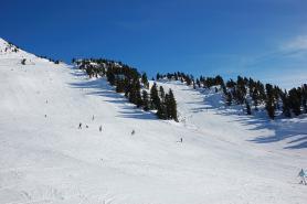 Pohled na sjezdovky ve Skiregionu Hochoetz