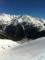 Vrcholek Giggijoch - pohled na lyžařské středisko Hochsölden